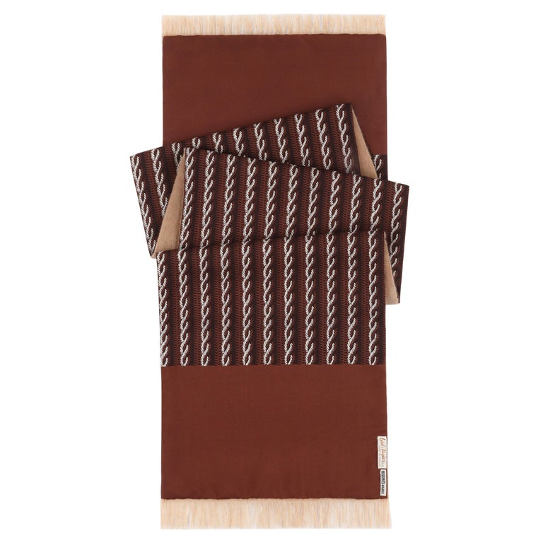 HERMES Lord & Taylor Brown Trompe L'oeil Knit Print Oblong Wool Lined Silk Scarf For Sale
