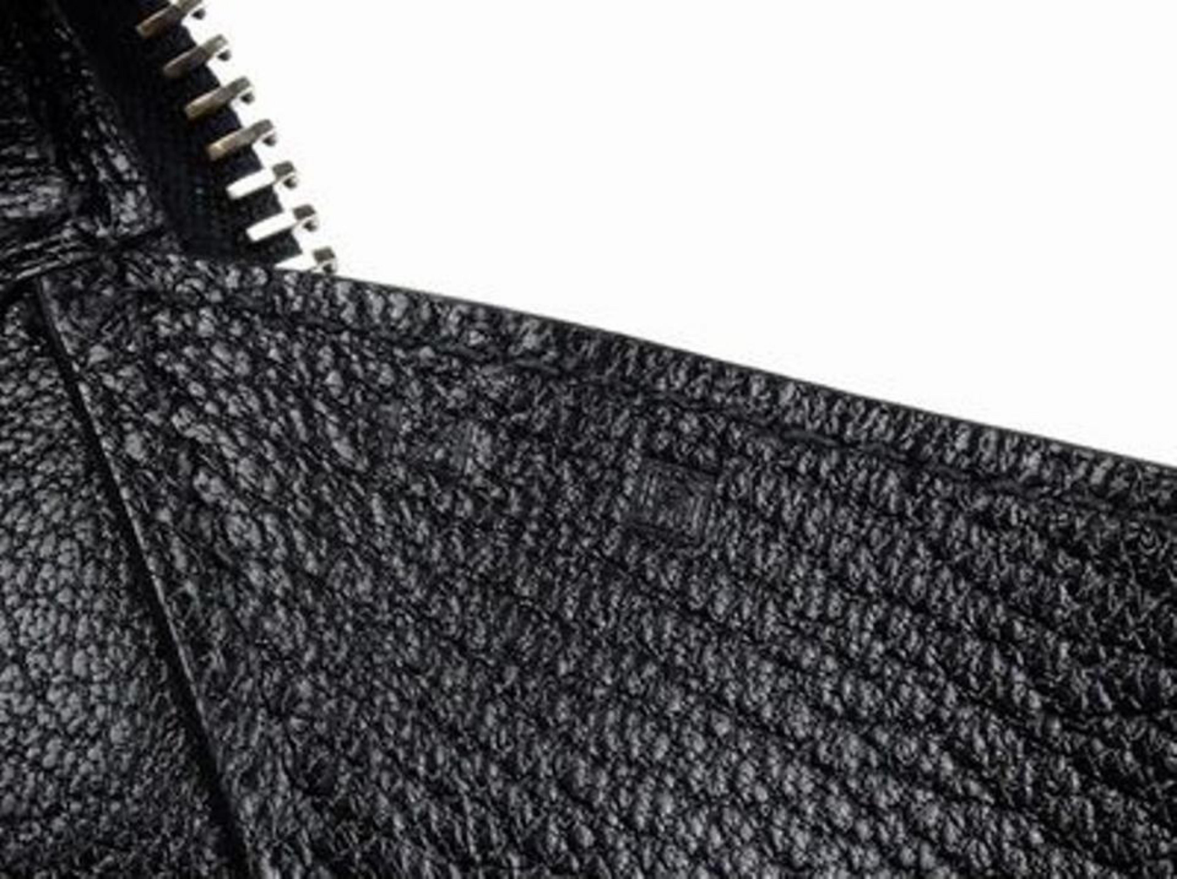 84650c3b27b7 Hermès Maxibox Evergrain 37 218575 Black Leather Hobo Bag For Sale at  1stdibs
