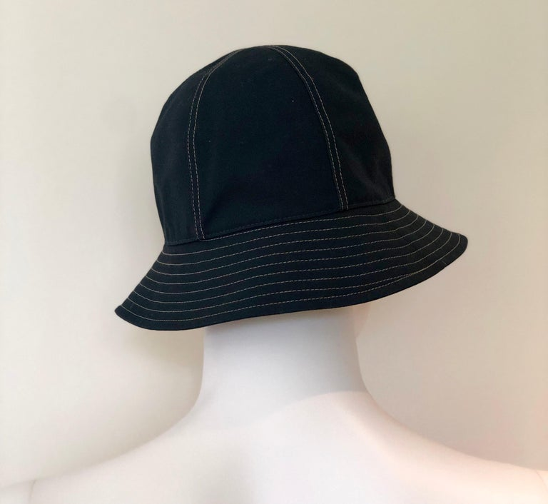 Hermes Midnight Blue Cotton Size 57 Bucket Hat w/ Tan Top Stitch & Embroidered H For Sale 5