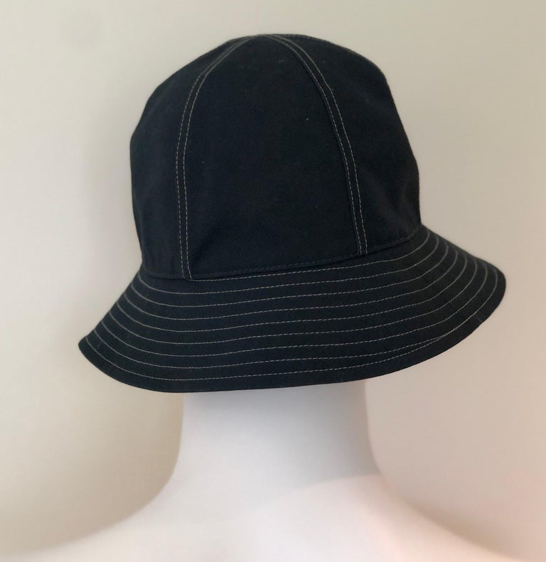 Hermes Midnight Blue Cotton Size 57 Bucket Hat w/ Tan Top Stitch & Embroidered H For Sale 6
