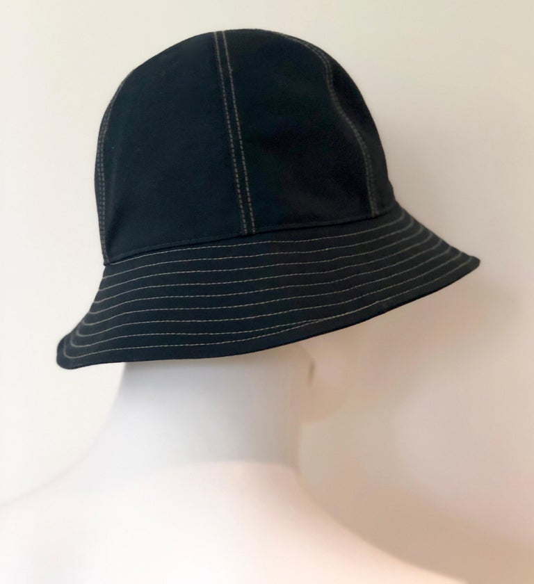 Hermes Midnight Blue Cotton Size 57 Bucket Hat w/ Tan Top Stitch & Embroidered H For Sale 7