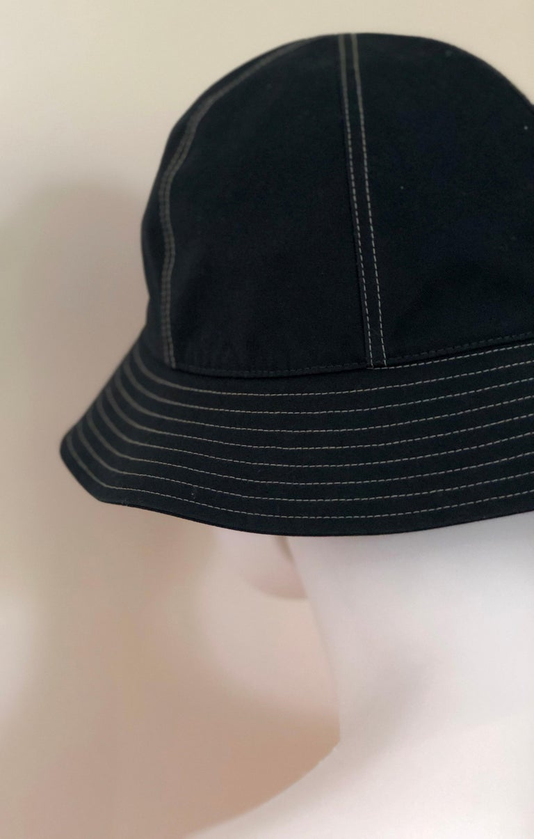Hermes Midnight Blue Cotton Size 57 Bucket Hat w/ Tan Top Stitch & Embroidered H For Sale 8