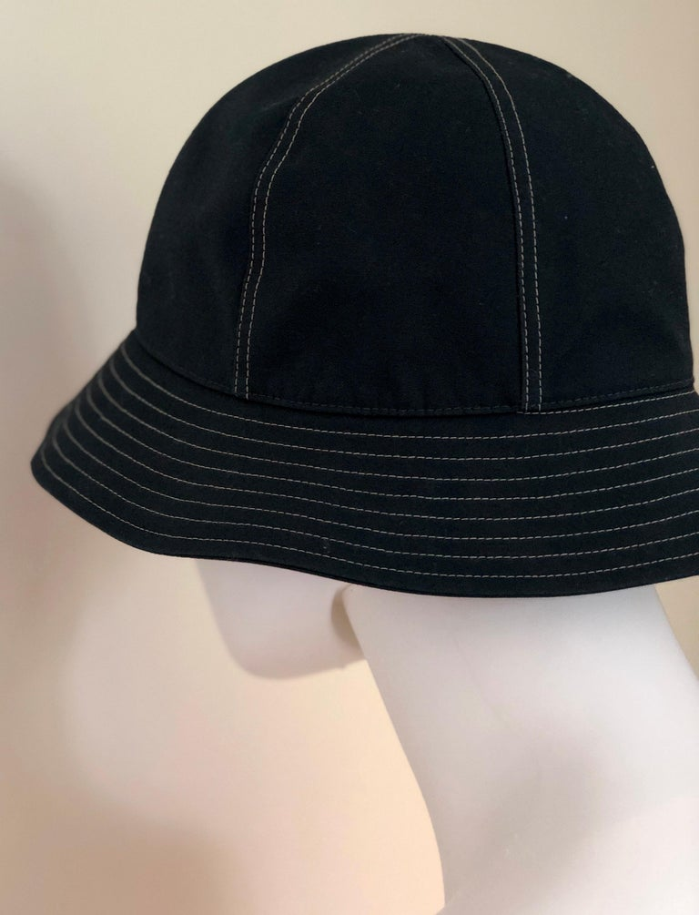 Hermes Midnight Blue Cotton Size 57 Bucket Hat w/ Tan Top Stitch & Embroidered H For Sale 9