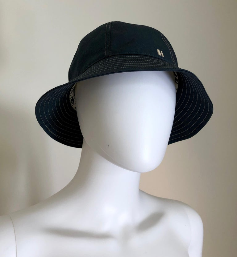 Beige Hermes Midnight Blue Cotton Size 57 Bucket Hat w/ Tan Top Stitch & Embroidered H For Sale
