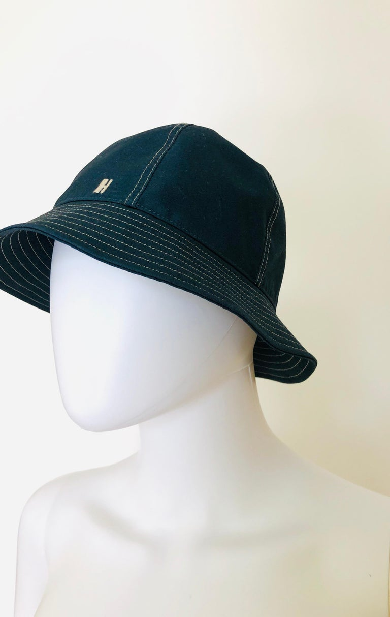 Women's or Men's Hermes Midnight Blue Cotton Size 57 Bucket Hat w/ Tan Top Stitch & Embroidered H For Sale