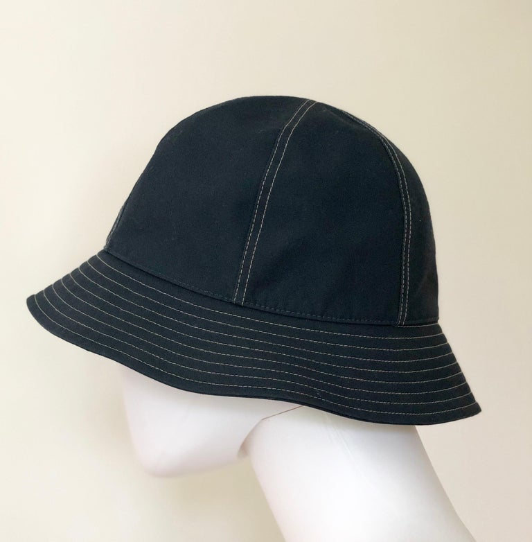 Hermes Midnight Blue Cotton Size 57 Bucket Hat w/ Tan Top Stitch & Embroidered H For Sale 3