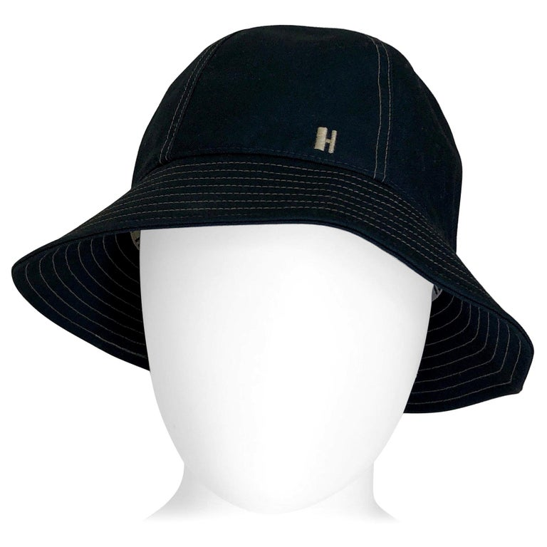 Hermes Midnight Blue Cotton Size 57 Bucket Hat w/ Tan Top Stitch & Embroidered H For Sale