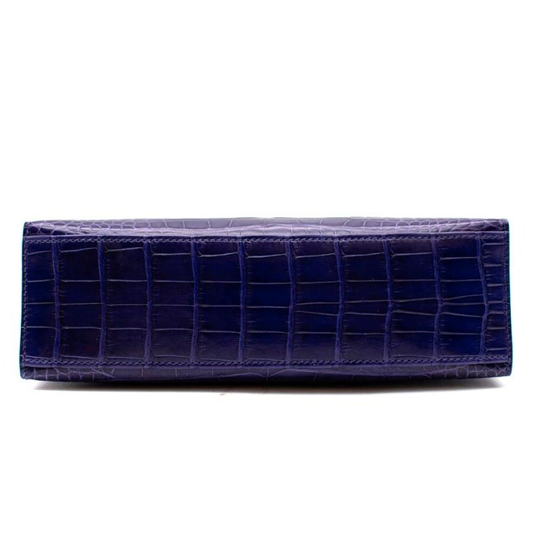 Hermes Mini Kelly 22 Pochette Bag in Blue Electric alligator PHW  In New Condition In London, GB