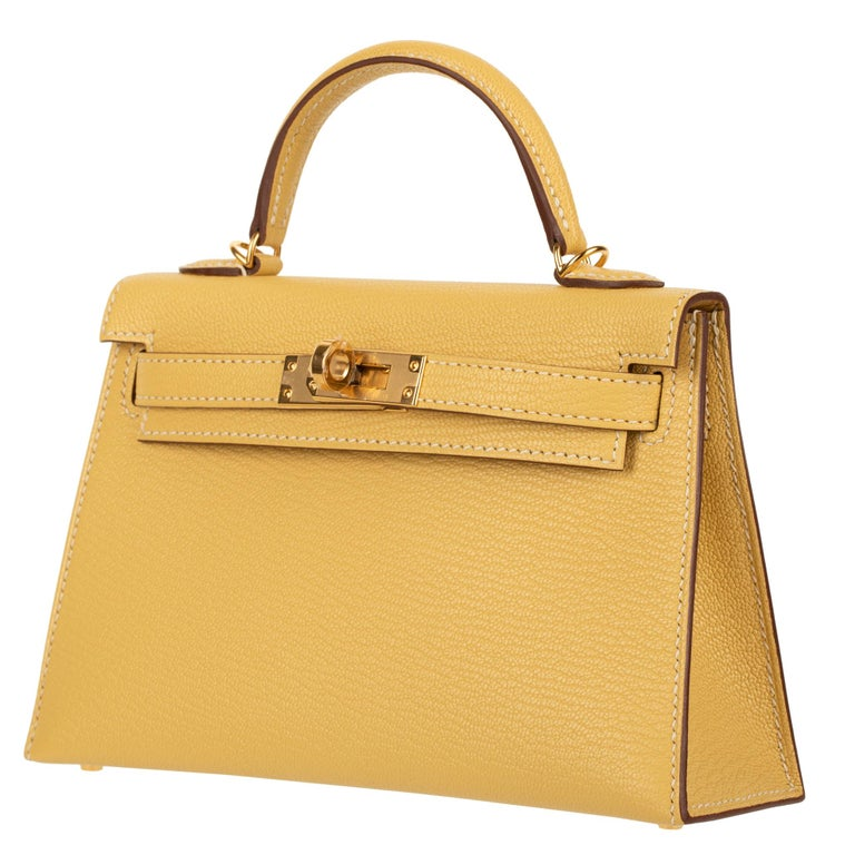 Women's or Men's Hermès Mini Kelly II Foin Chevre Leather Gold Hardware For Sale