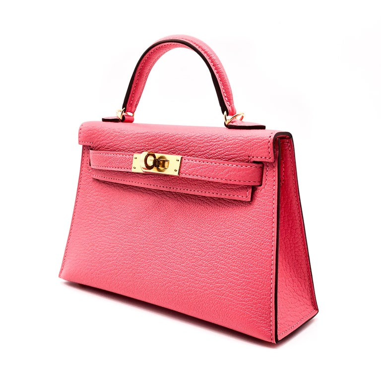Pink Hermès Mini Kelly II Rose Lipstick Chevre Leather Gold Hardware For Sale