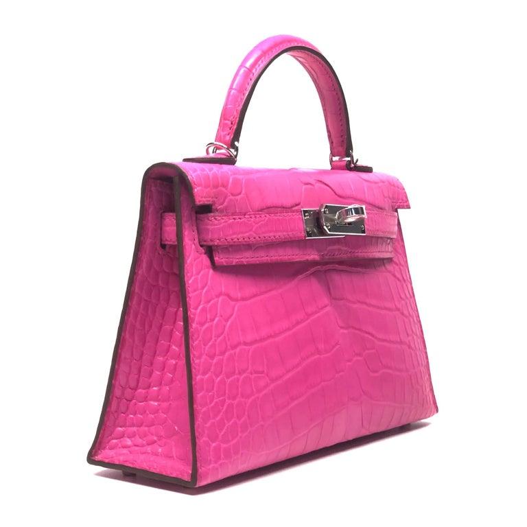 Pink Hermès Mini Kelly II Rose Shocking Matte Alligator Palladium Hardware For Sale