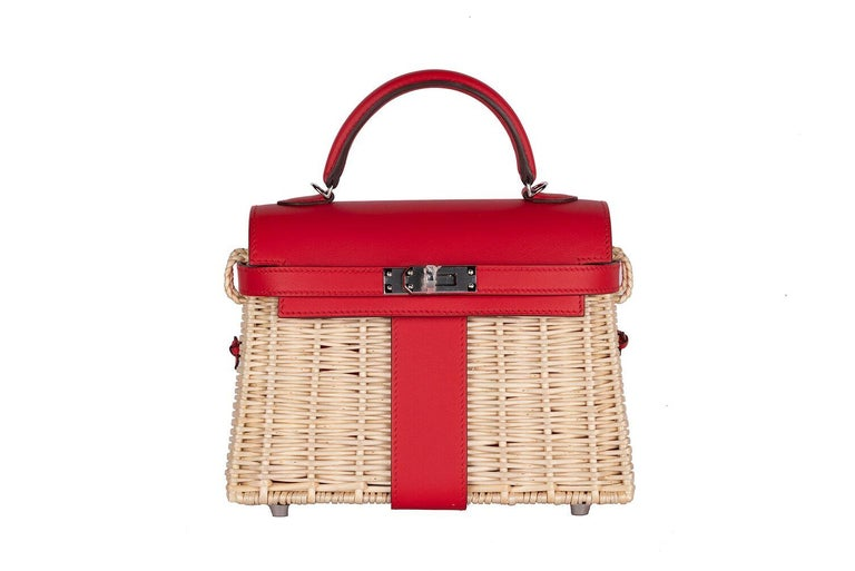 The much anticipated release of the NEW Hermes Mini Picnic Kelly 20 is finally here. Be first So so limited Only a select few VIP clients were offered the opportunity to buy this bag.  Hermès Mini Picnic Kelly Bag of Rouge de Coeur swift