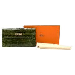 Hermes Mississippiensis Vert Veronese Kelly Classic Wallet
