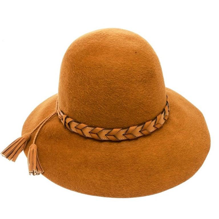 Hermes Mustard Yellow Felt Braided Leather Tassel Trim Fedora Hat Size 57 In Excellent Condition For Sale In Dubai, Al Qouz 2
