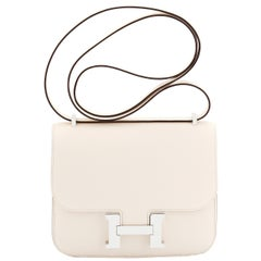 Hermes Nata Off White Epsom Constance 18cm Craie Shoulder Bag Y Stamp, 2020