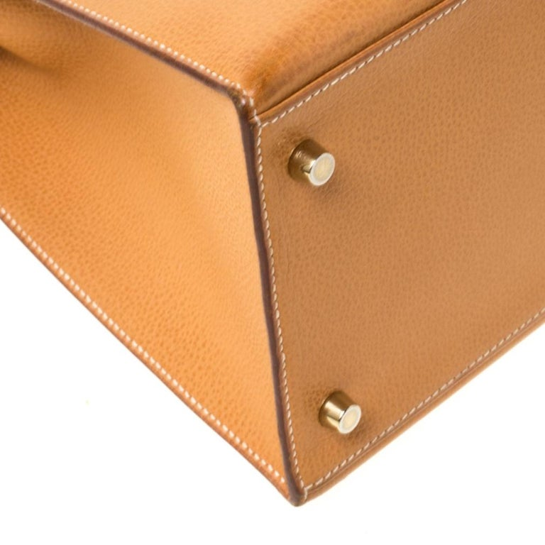 Hermes Natural Sable Vache Liegee Leather Gold Hardware Kelly Sellier 40 Bag For Sale 7