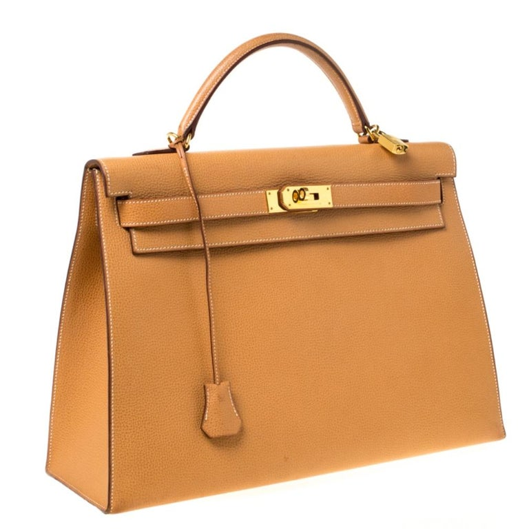 Women's Hermes Natural Sable Vache Liegee Leather Gold Hardware Kelly Sellier 40 Bag For Sale