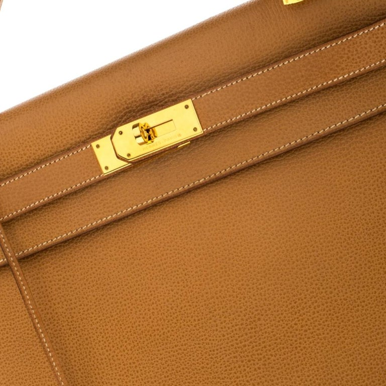 Hermes Natural Sable Vache Liegee Leather Gold Hardware Kelly Sellier 40 Bag For Sale 1