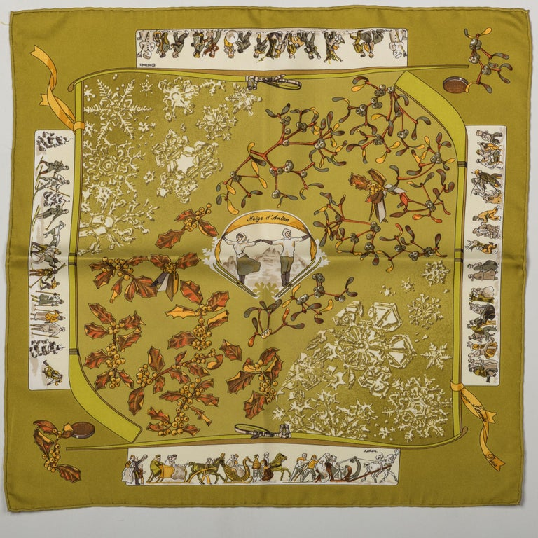 Hermes Neige d'Antan Silk Pouchette Scarf In Excellent Condition For Sale In West Hollywood, CA