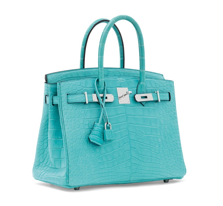Hermes NEW Birkin 30 Blue Alligator Exotic Top Handle Satchel Tote Bag in Box In New Condition For Sale In Chicago, IL