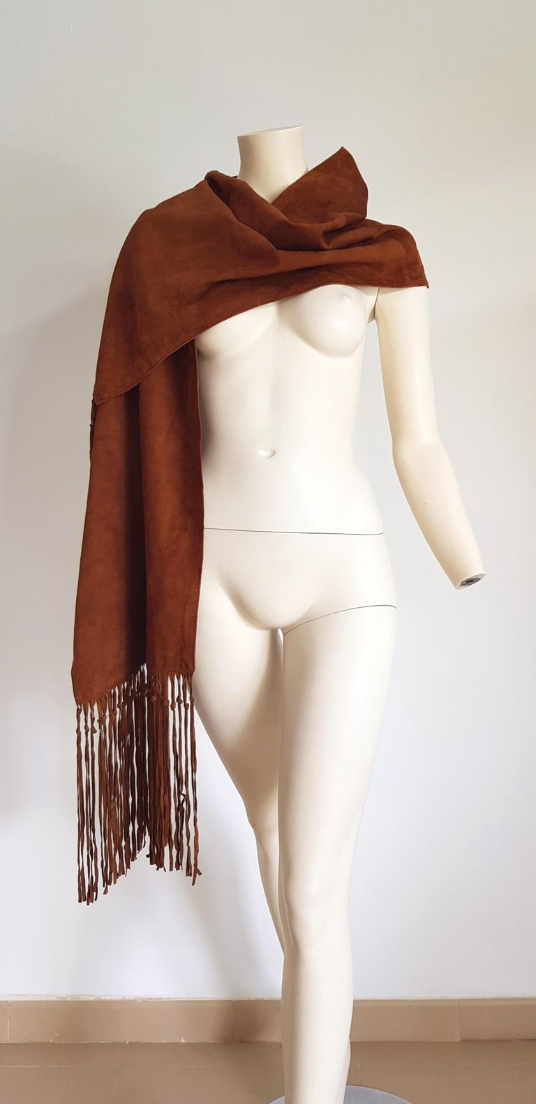 HERMES brown suede scarf with fringes, silk lined, collectible item - Unworn, New.  Measurements cm: high 38, length 220  TO CONVERT: cm x 0.39 = inch. By