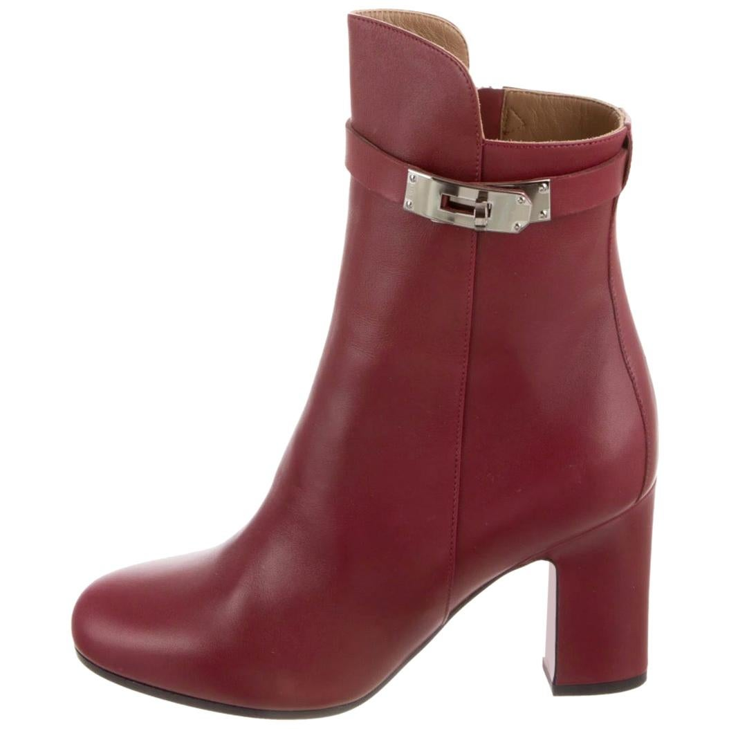 Hermes NEW Burgundy Red Leather Kelly Block Ankle Booties Boots in Box