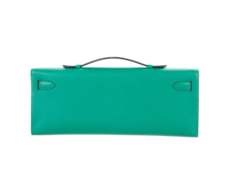 Hermes NEW Green Leather Gold Kelly Evening Top Handle Clutch Bag in Box In New Condition In Chicago, IL