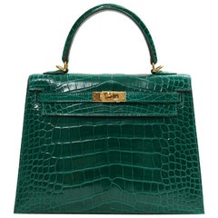 Hermes NEW Kelly 25 Green Crocodile Leather Gold Top Handle Tote Shoulder Bag