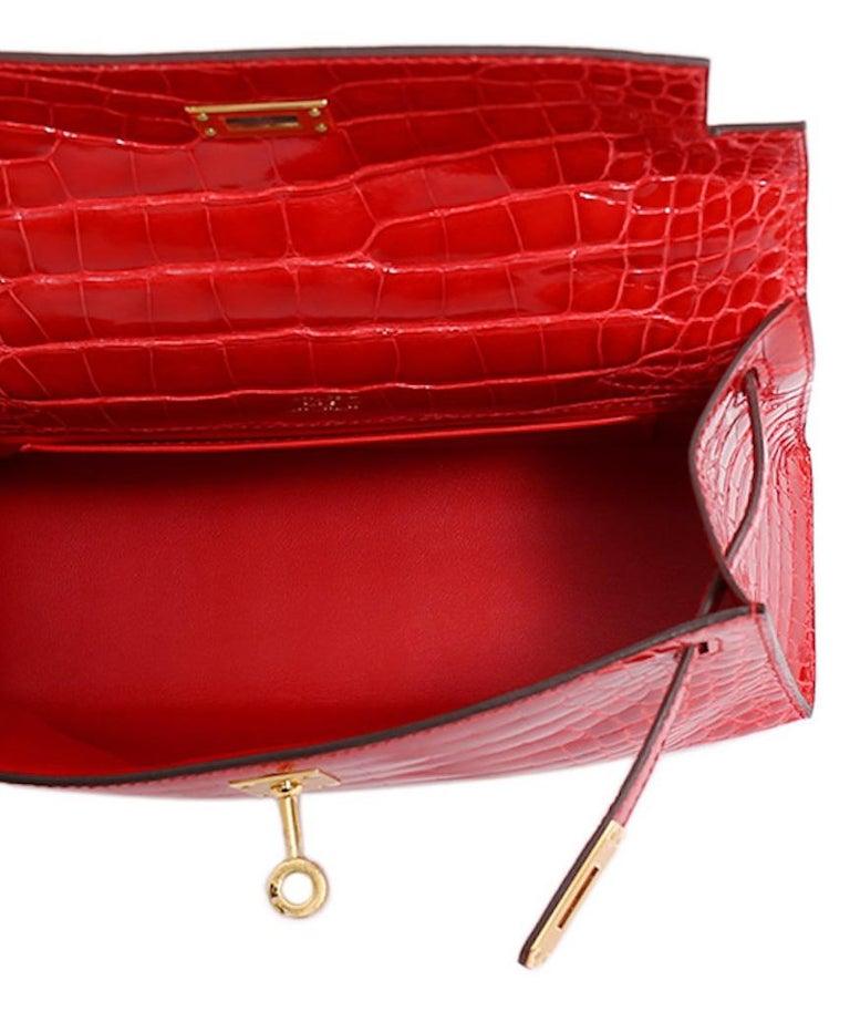 Hermes NEW Kelly Red Alligator Exotic Skin Gold Clutch Top Handle Satchel Bag  For Sale 2