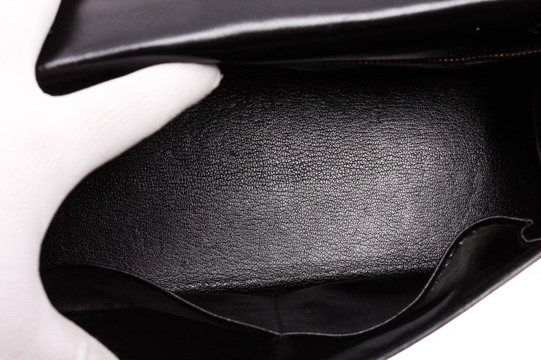 Hermes Noir Box Leather Kelly Sellier 32 Bag In Fair Condition For Sale In Irvine, CA