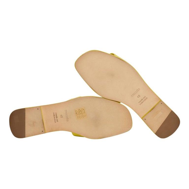 Hermes Oran Flat Sandal Lime Epsom Leather 40 / 10 New w/Box For Sale 2