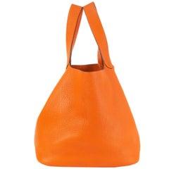 HERMES orange Clemence leather PICOTIN 26 Bucket Bag
