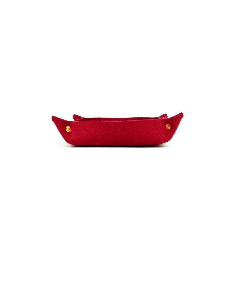 Hermes Orange Felt Mises et Relances Change/Catchall Tray  Color: Blood Orange Materials: Wool Felt, Metal Overall Condition: Excellent pre-owned condition  Measurements:  9