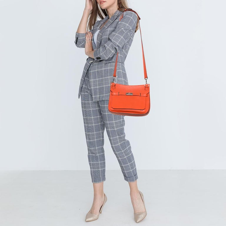 We rarely get to see an available creation as striking as this one from Hermes. It is unlike any other handbag one is used to marveling at. First introduced as a part of the Fall 2008 Collection, this Jypsiere comes with a design that delightfully