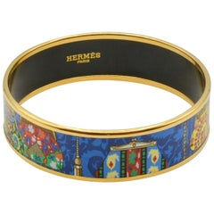 Hermes Cachemire de Tamara  with its  Coin Purse Pattern  Gold and Enamel Bangle