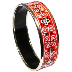Hermès Palladium-Plated Enamel Bangle Bracelet Red Black White Floral Design