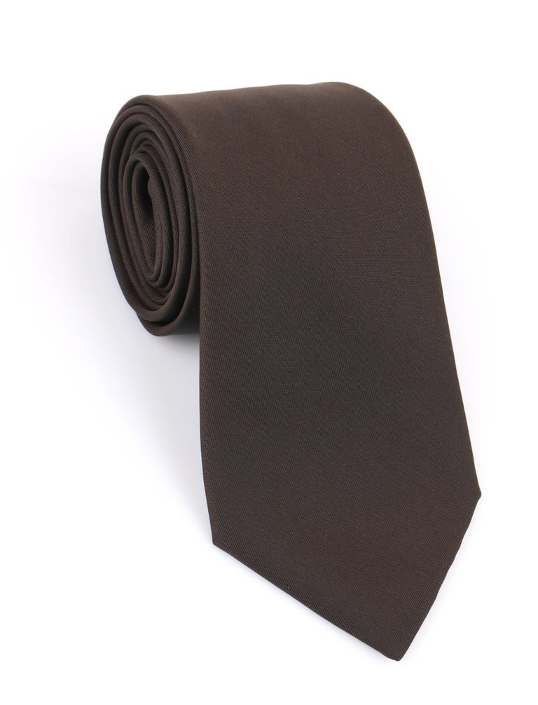 Black HERMES Paris Solid Dark Brown Silk 5 Fold Necktie Tie  For Sale