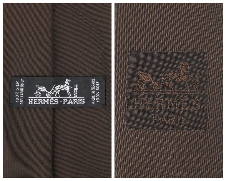 HERMES Paris Solid Dark Brown Silk 5 Fold Necktie Tie  For Sale 2