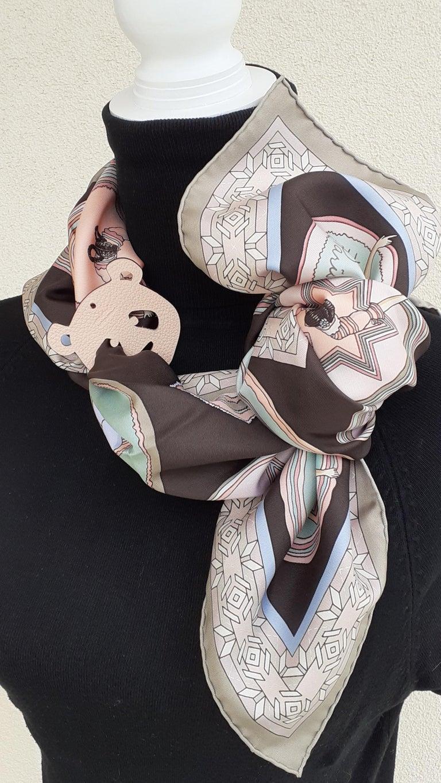 Hermès Petit H Bag or Shoe Charm Scarf Ring Panda Head Bicolor Ling Pink Brown  For Sale 6