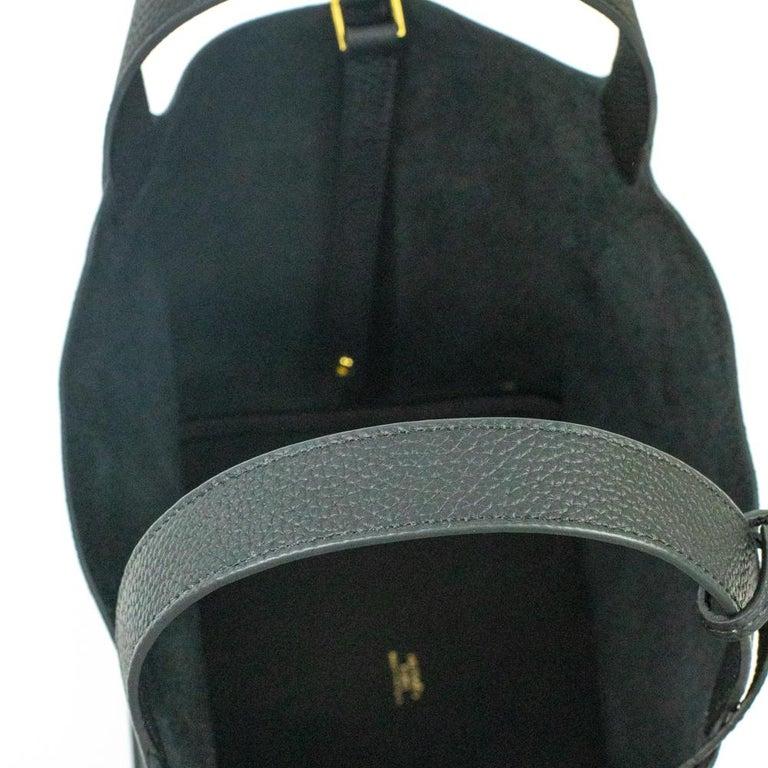 Hermès, Picotin 22 lock in black leather For Sale 1