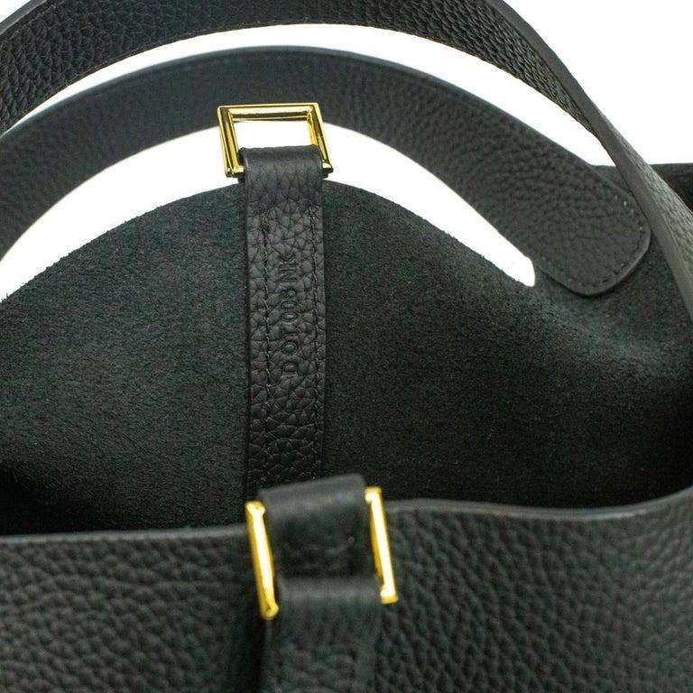 Hermès, Picotin 22 lock in black leather For Sale 3