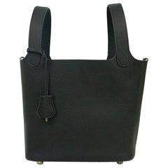 Hermès, Picotin 22 lock in black leather