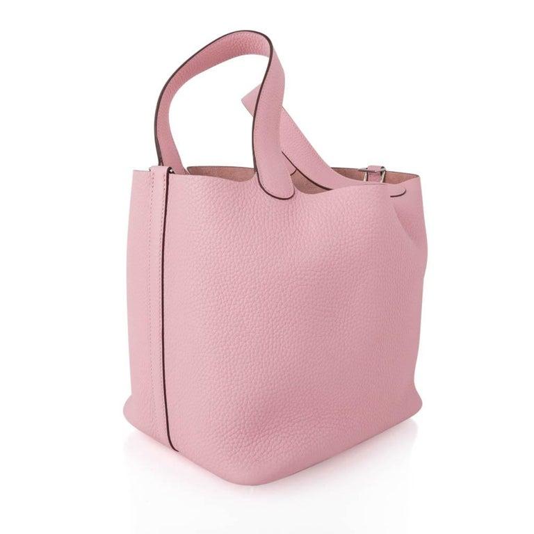 Beige Hermes Picotin Lock 22 Bag MM Rose Sakura Pink Palladium Hardware For Sale
