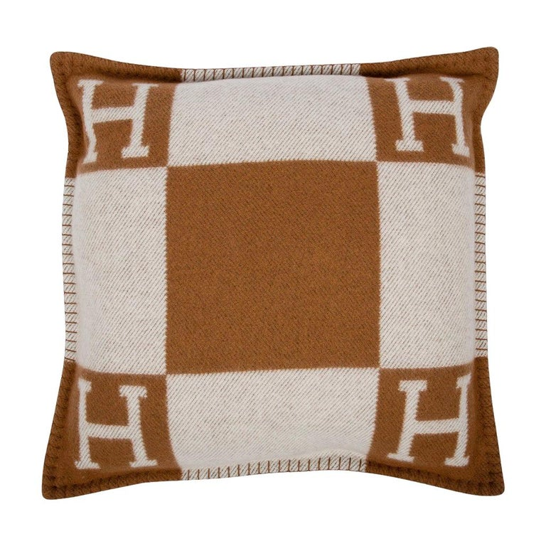 Hermes Pillow Avalon PM Signature H Camel / Ecru Throw Cushion For Sale