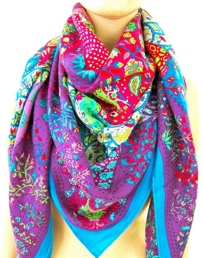 Hermes Pique Fleuri de Provence Cashmere Silk Shawl Scarf GM Rare NEW For Sale 1