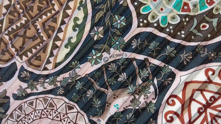 Hermès Pleated Silk Scarf Carré LArbre de Vie Christine Henry 2011 For Sale 11