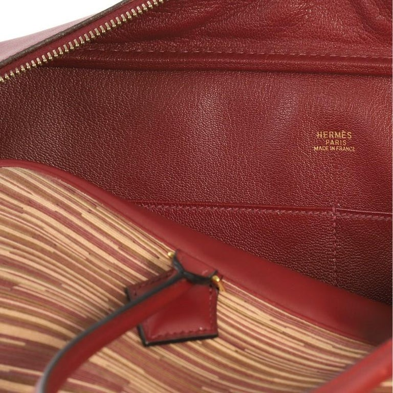 31991cd653c9 Hermes Plume Bag Vibrato and Leather 32 For Sale at 1stdibs