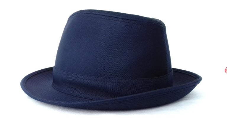 Women's or Men's Hermès Polyester Hat Navy Blue S. 55/56 For Sale