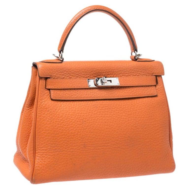 Hermes Potiron Clemence Leather Palladium Hardware Kelly Retourne 28 Bag In Good Condition For Sale In Dubai, Al Qouz 2