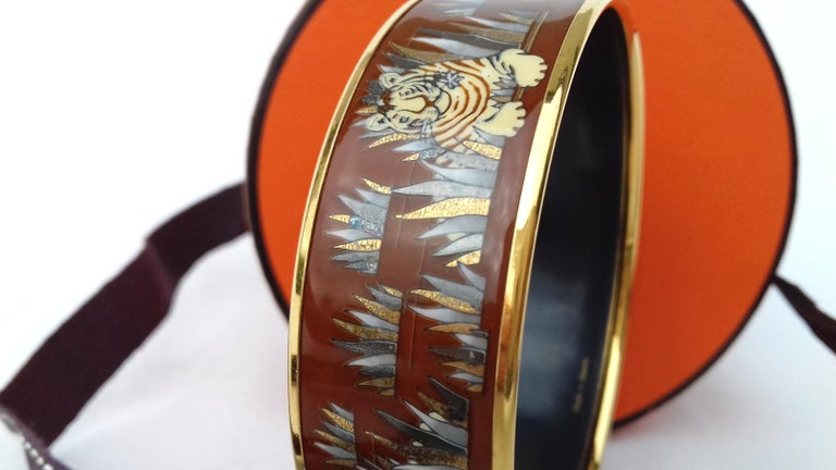 Hermès Printed Enamel Bracelet Tigers in the Herbs Joachim Metz GHW Size 65 RARE For Sale 9